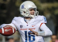 Boise State's offense catches fire in rout of Wyoming