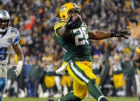 Packers maintain home dominance of Lions