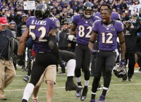 Ravens beat Colts in Lewis' final home game