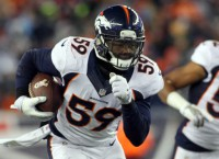 Bears to sign LB Trevathan, former Fox pupil
