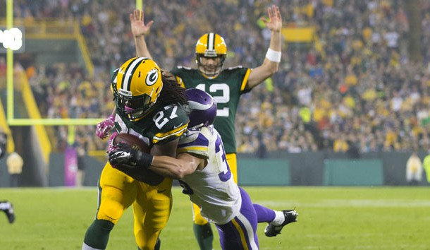 Eddie Lacy has been banged up early in the season. (Jeff Hanisch-USA TODAY Sports)