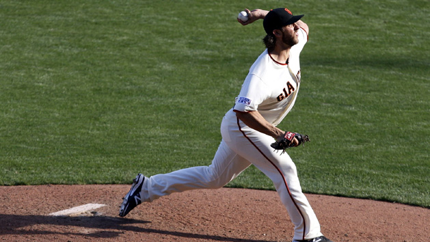 Bumgarner gets shot to send Giants to World Series