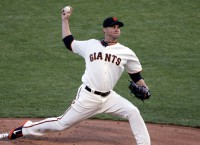 Vogelsong joins Pirates on one-year deal