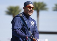 Cabrera, Martinez make spring debuts for Tigers