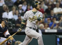 A's dodge bullet with Zobrist injury
