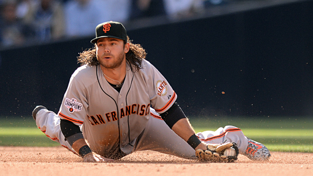 Giants SS Crawford signs new deal