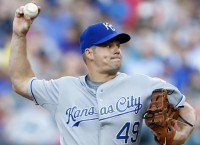 Report: Dodgers sign RHP Blanton to one-year deal