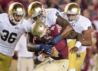 Notre Dame DT Jones suffers knee injury