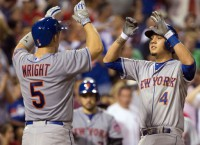 Wright returns, Mets hit franchise-record 8 HRs