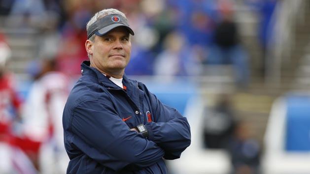 Illinois fires head coach Beckman