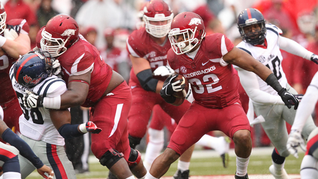 Arkansas RB Williams out with foot injury