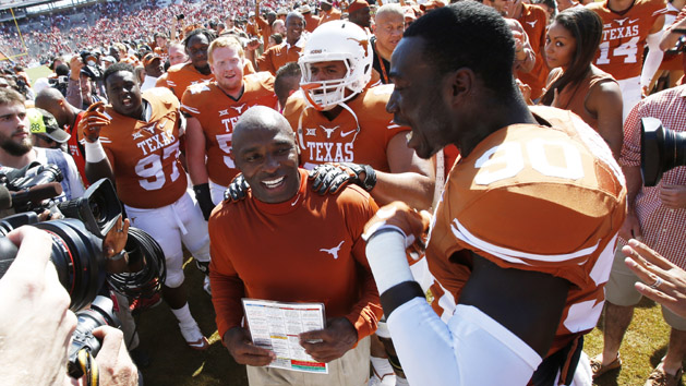 Big 12 Notebook: Big W may do wonders for Texas