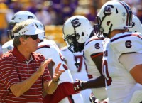 Spurrier resigns to 'get out of the way'