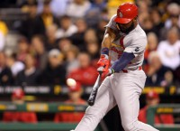 Cards make qualifying offers to Heyward, Lackey