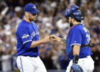 Blue Jays, Estrada agree to two-year deal