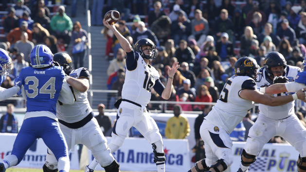 Goff fires six TD passes in Cal's rout of Air Force