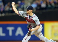 D-backs acquire RHP Miller from Braves