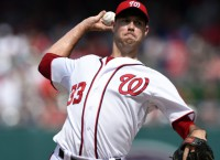 Astros agree to one-year deal with RHP Fister