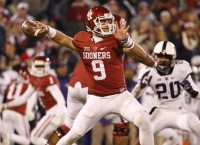Ex-Sooners QB Knight transfers to Texas A&M