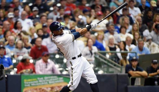 Brewers trade OF Khris Davis to Athletics for 2 prospects