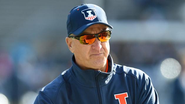 Illinois dismisses Cubit as coach