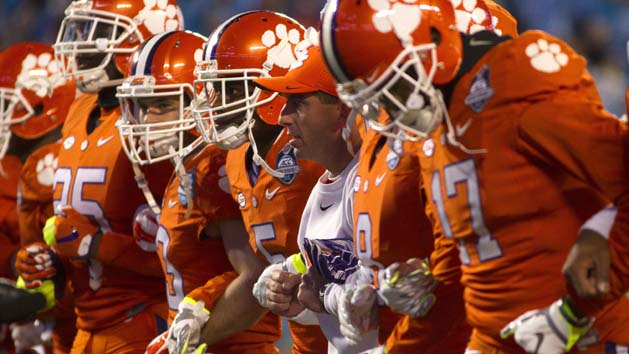 FBS Notes: Swinney agrees to $30 million extension