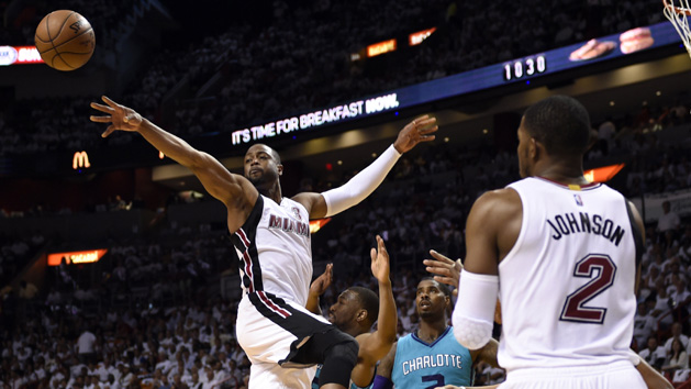 NBA Recaps: Heat, Cavs cruise to 2-0 leads