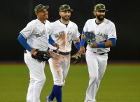 Blue Jays open series with win over Yankees