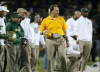 Bennett named Baylor interim coach