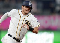 Padres hoping Myers' injury isn't serious