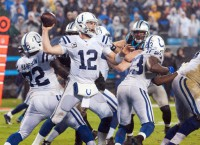 NFL Notes: Luck now NFL's highest-paid player