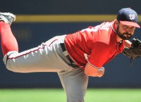 Nats top Brewers to snap skid