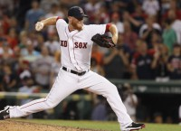 Red Sox Kimbrel has left knee surgically repaired