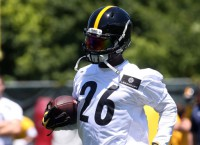 Steelers RB Bell on schedule for camp