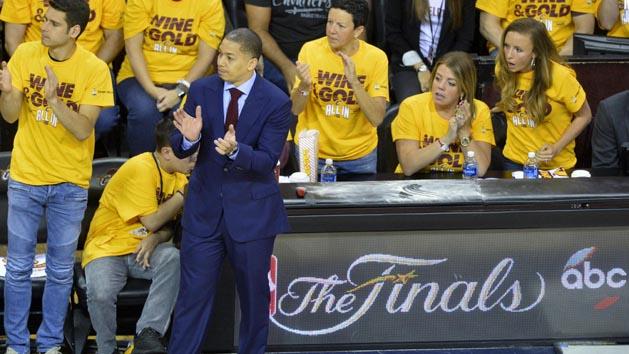 Cavaliers, Lue agree on 5-year deal