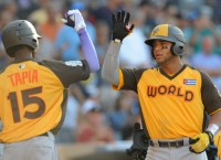 World Team defeats Team USA in Futures Game