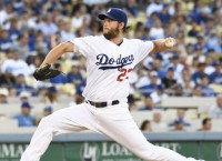 Kershaw plays catch in hopes for Sept. return