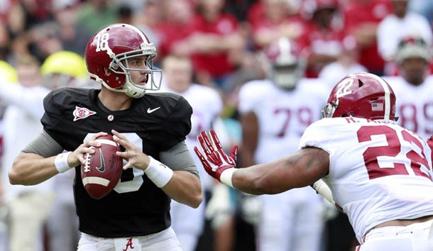 Veteran Cooper Bateman (18) will likely be Alabama's starter against USC. Photo Credit: Marvin Gentry-USA TODAY Sports