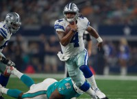 Prescott leads Cowboys over Dolphins