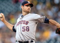 Fister, home runs power surging Astros past Pirates
