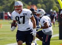 NFL Notebook: Gronkowski leaves practice