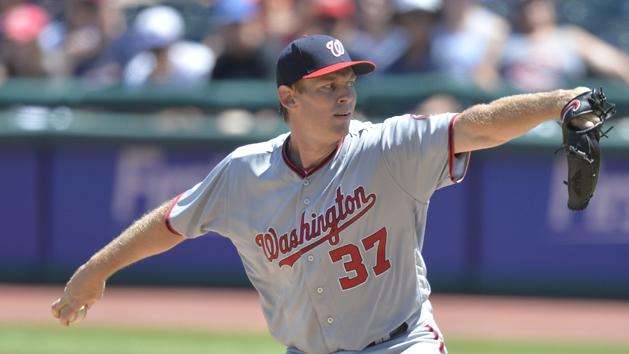 MLB Notes: Sore elbow lands Nats' Strasburg on DL