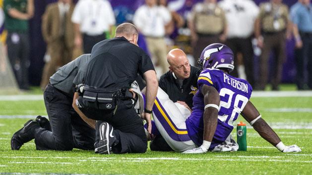 Vikings RB Peterson tears meniscus in knee