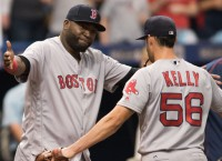 Ortiz powers Red Sox to sweep, 11th straight win