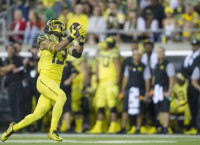 Oregon WR Allen out for season with knee injury