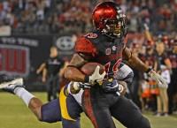 Pumphrey runs for 281 yards; Aztecs upend Cal
