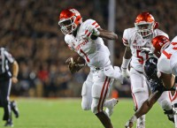 No. 6 Houston rallies to beat Cincy behind big-play D