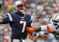 Next man up: Rookie QB Brissett guides Pats to W