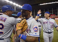 Mets maintain wild-card lead with win over Marlins