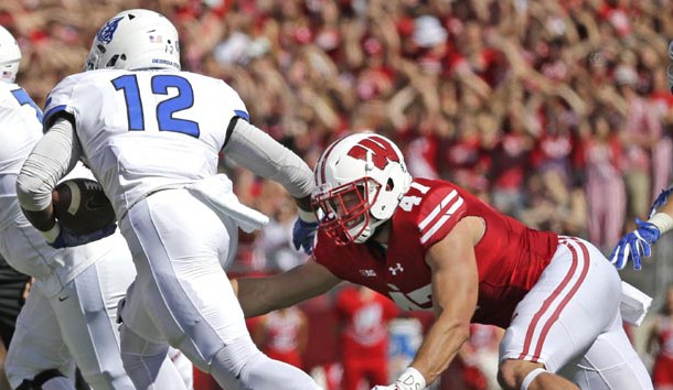 Wisconsin's Vince Biegel out for weeks after foot surgery